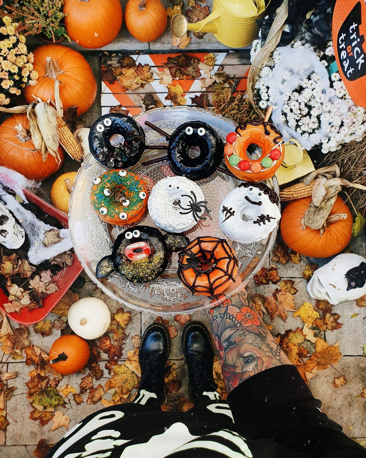 Inspiration Spooky Doobi Boo Last Minute Tipps Fur Deine Halloween Party Dekoration Kostume Food Starlights In The Kitchen